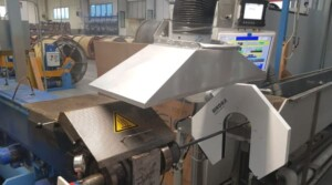 Suction of fumes from pipe extrusion