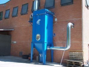 Dust filter for candy production